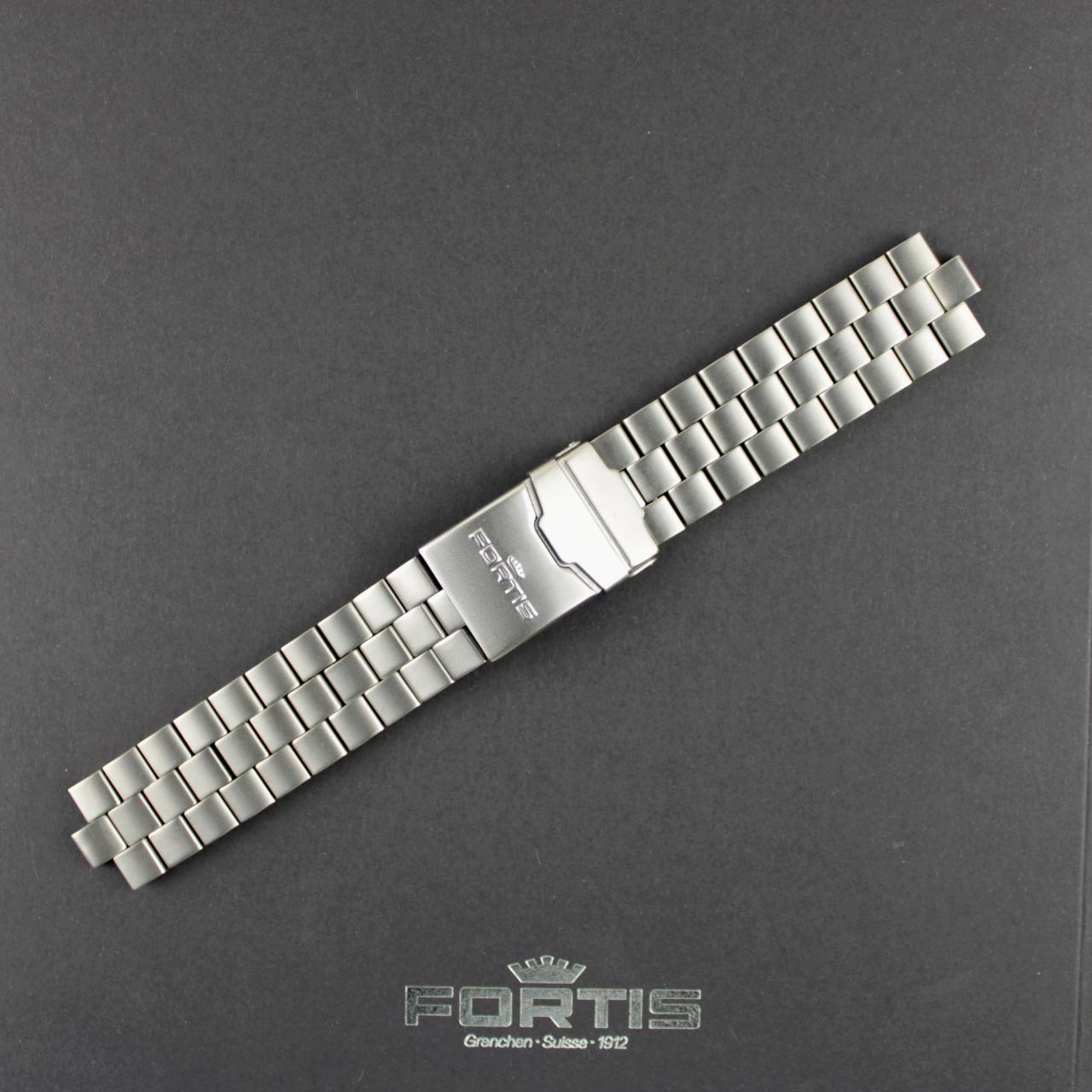 Fortis Metallband Titan gebürstet B-42