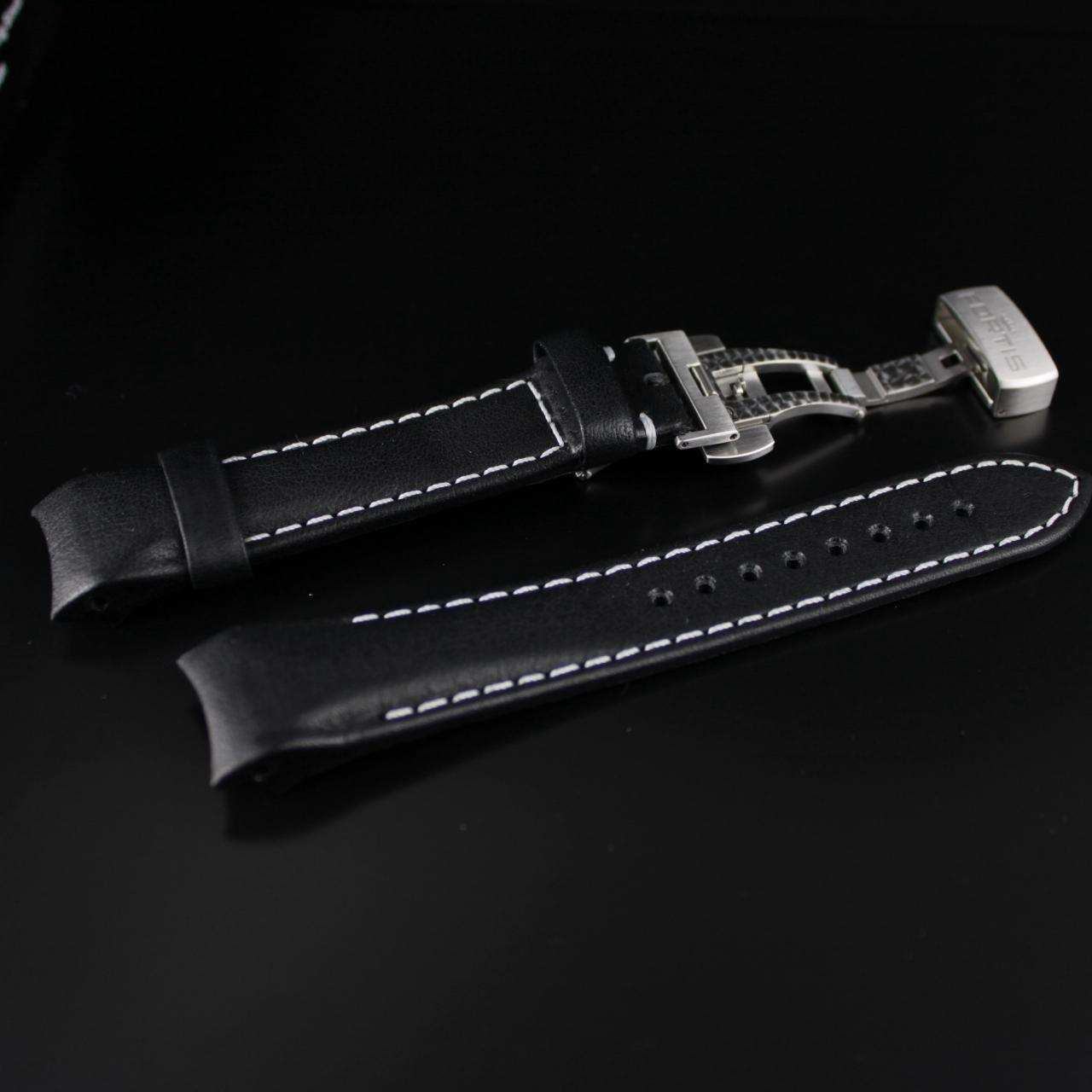 Fortis B-42/ F-43 Integriertes schwarzes Lederband mit weisser Kontrastnaht und Faltschließe